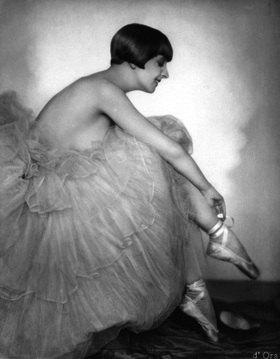 Madame d' Ora: Die Tänzerin Maria Ley-Piscator