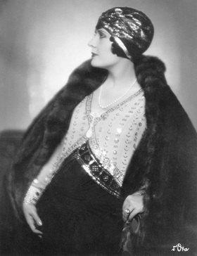 Madame d' Ora: Madame de Mendozan