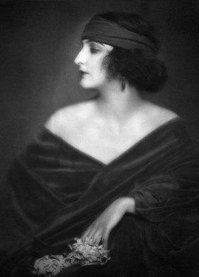 Portrait Stacia Napierkowska, Tänzerin, Schauspielerin Frankreich