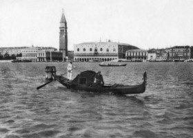 Gebrüder Haeckel: Venedig, Gondel auf dem Canal Grande