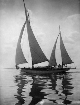 Deutsches Reich Freistaat Preussen: Segelboot -  Aufnahme: Atelier Binder- 1930Originalaufnahme im Archiv von ullstein bild<english> German Empire Free State Prussia: Sailboat -  Photographer:  Atelier Binder- 1930Vintage property of ullstein