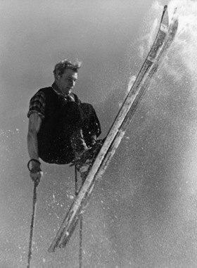 Wintersport: Ski-Sprung