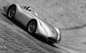 Caracciola auf Mercedes