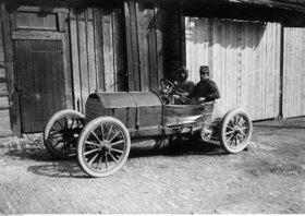 Alessandro Cagno driving his Fiat